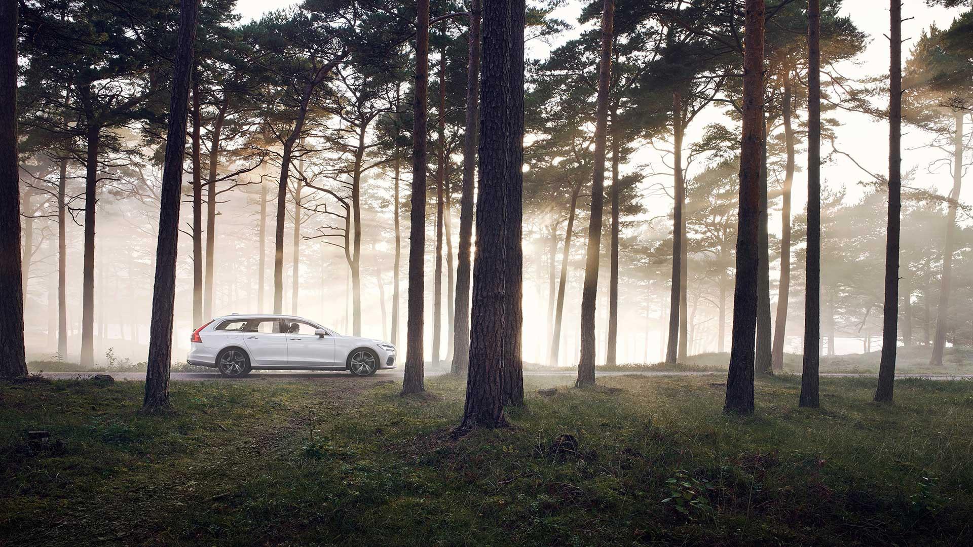 Volvo V90 side hvid