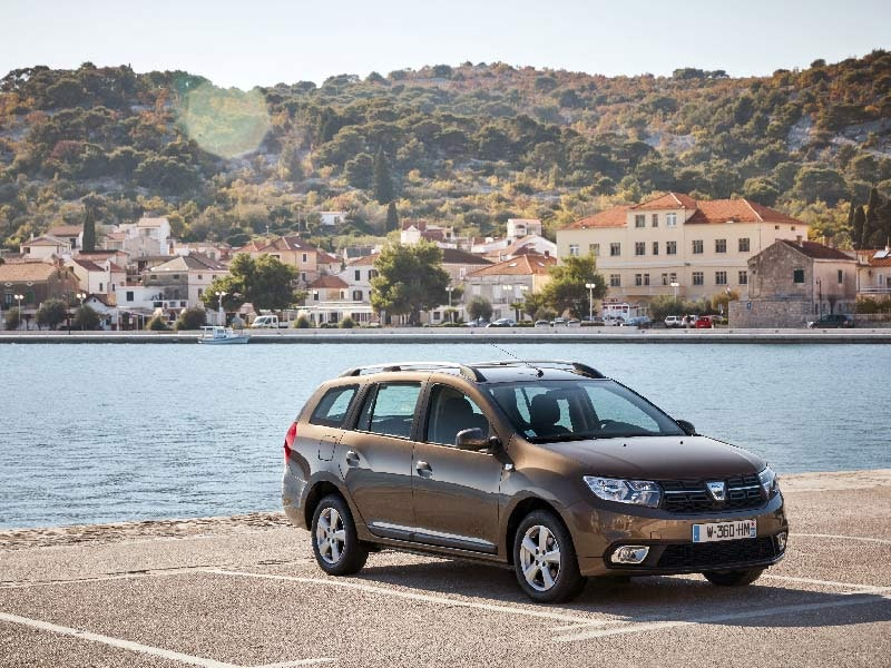 Dacia Logan MVC front