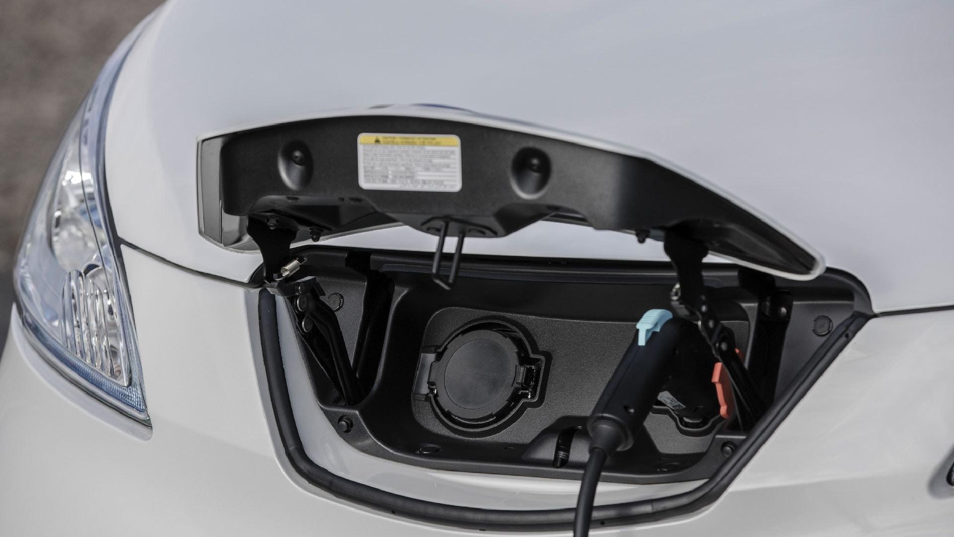 Nissan e-NV200 Evalia lader