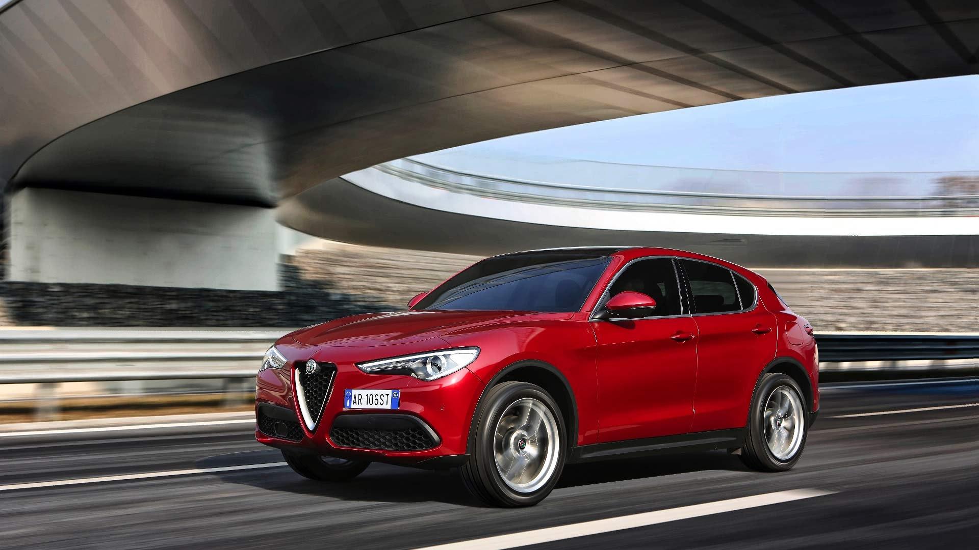 Alfa Romeo Stelvio Rød