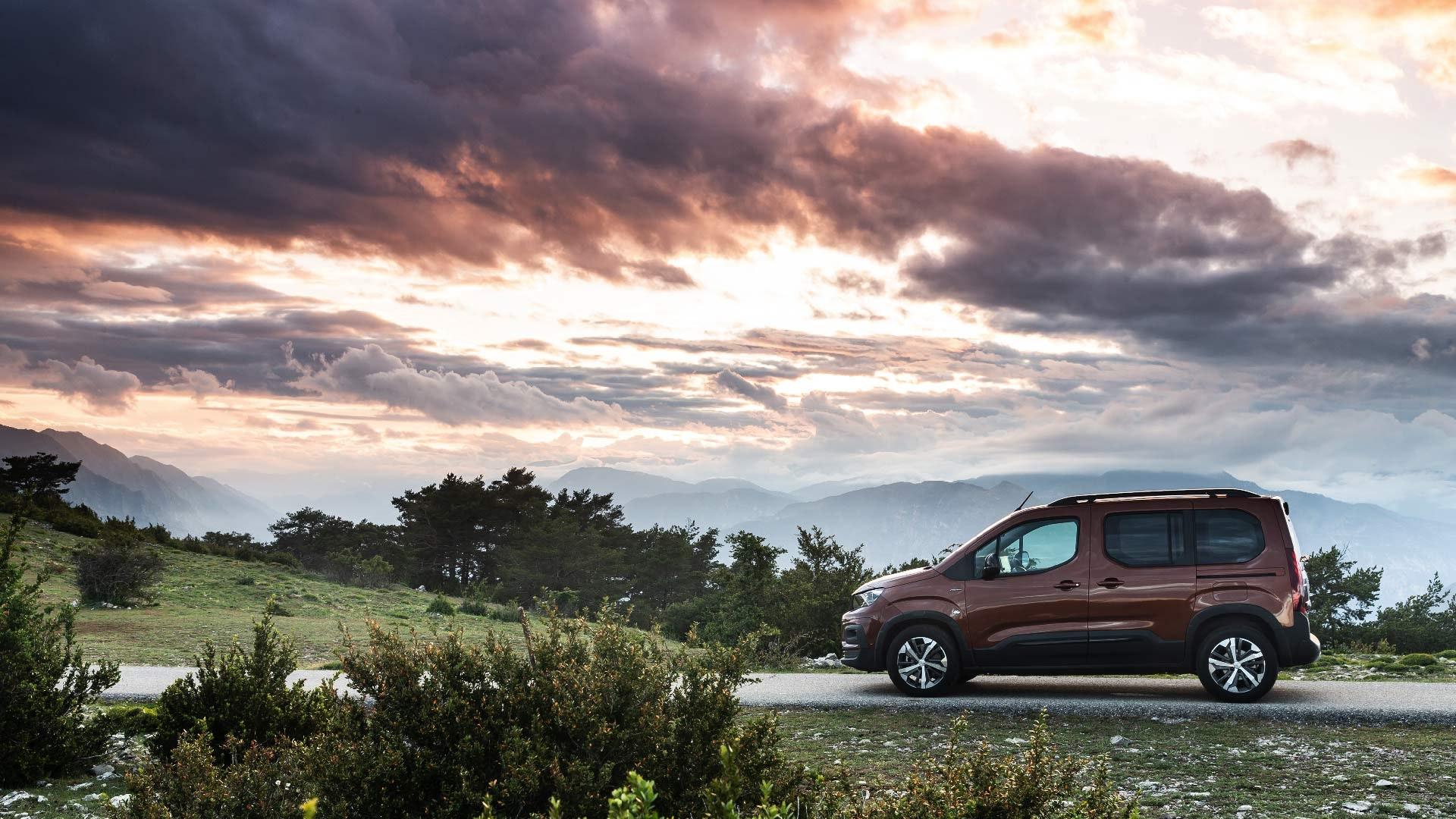 Peugeot Rifter fra siden