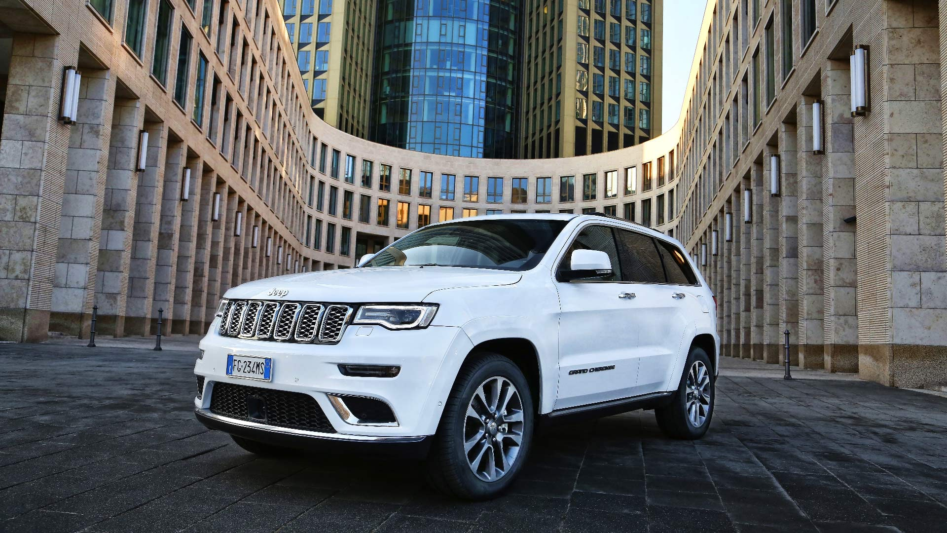 Jeep Grand Cherokee hvid front