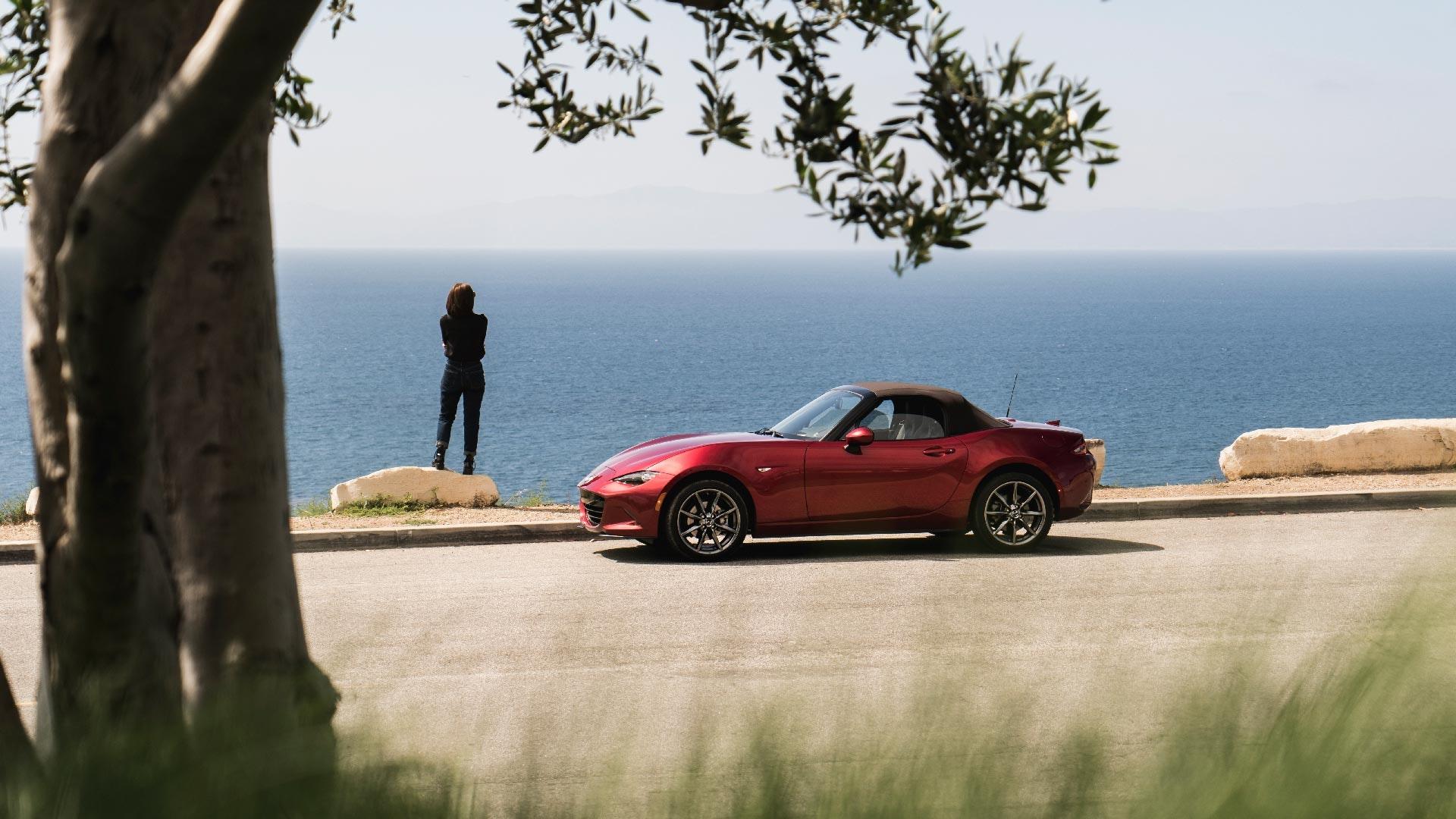 Mazda MX-5 fra siden