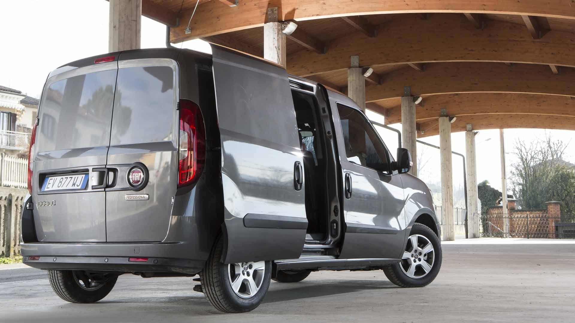 Fiat Doblo side grå