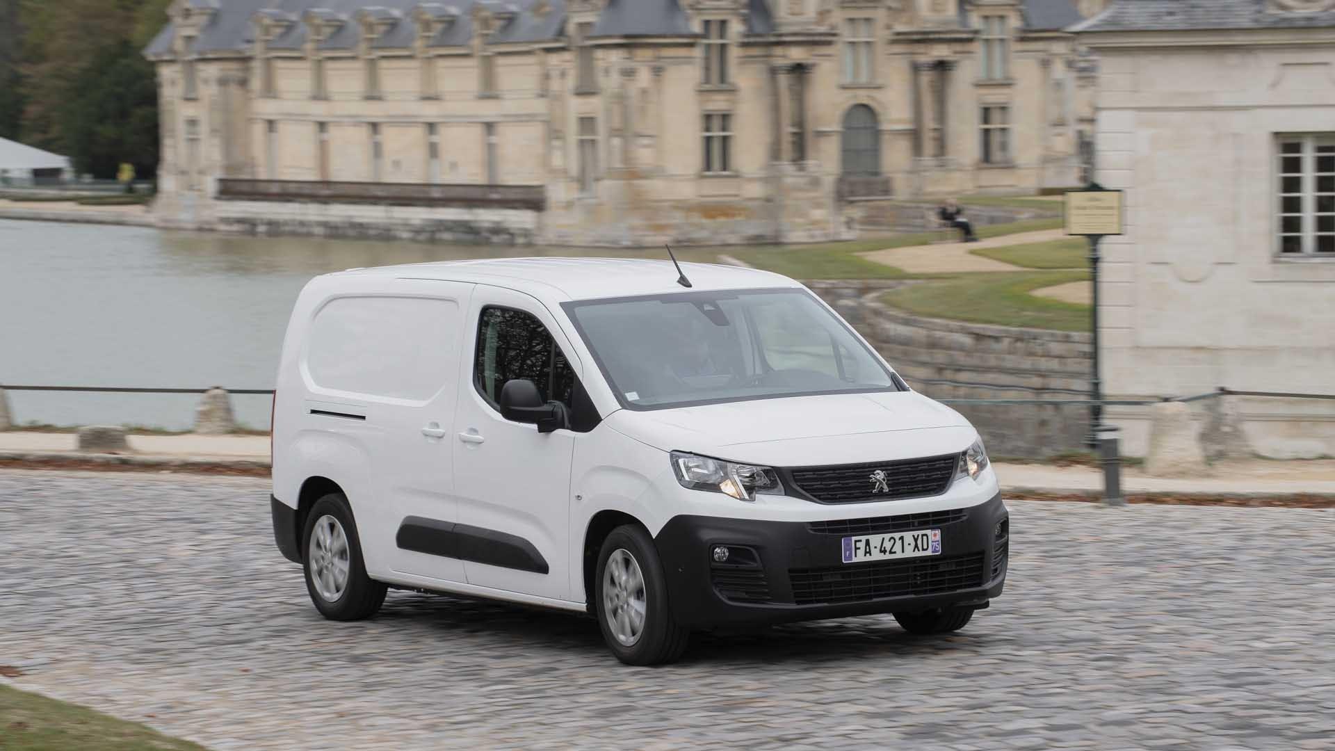 Peugeot Partner hvid front