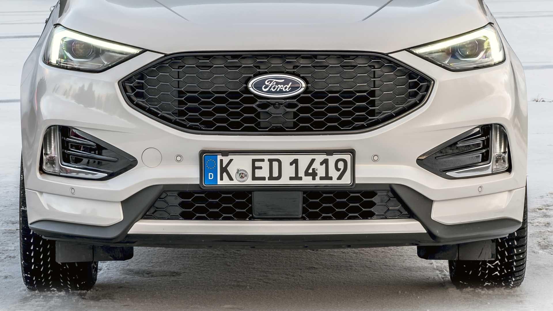 Ford Edge ST line hvid