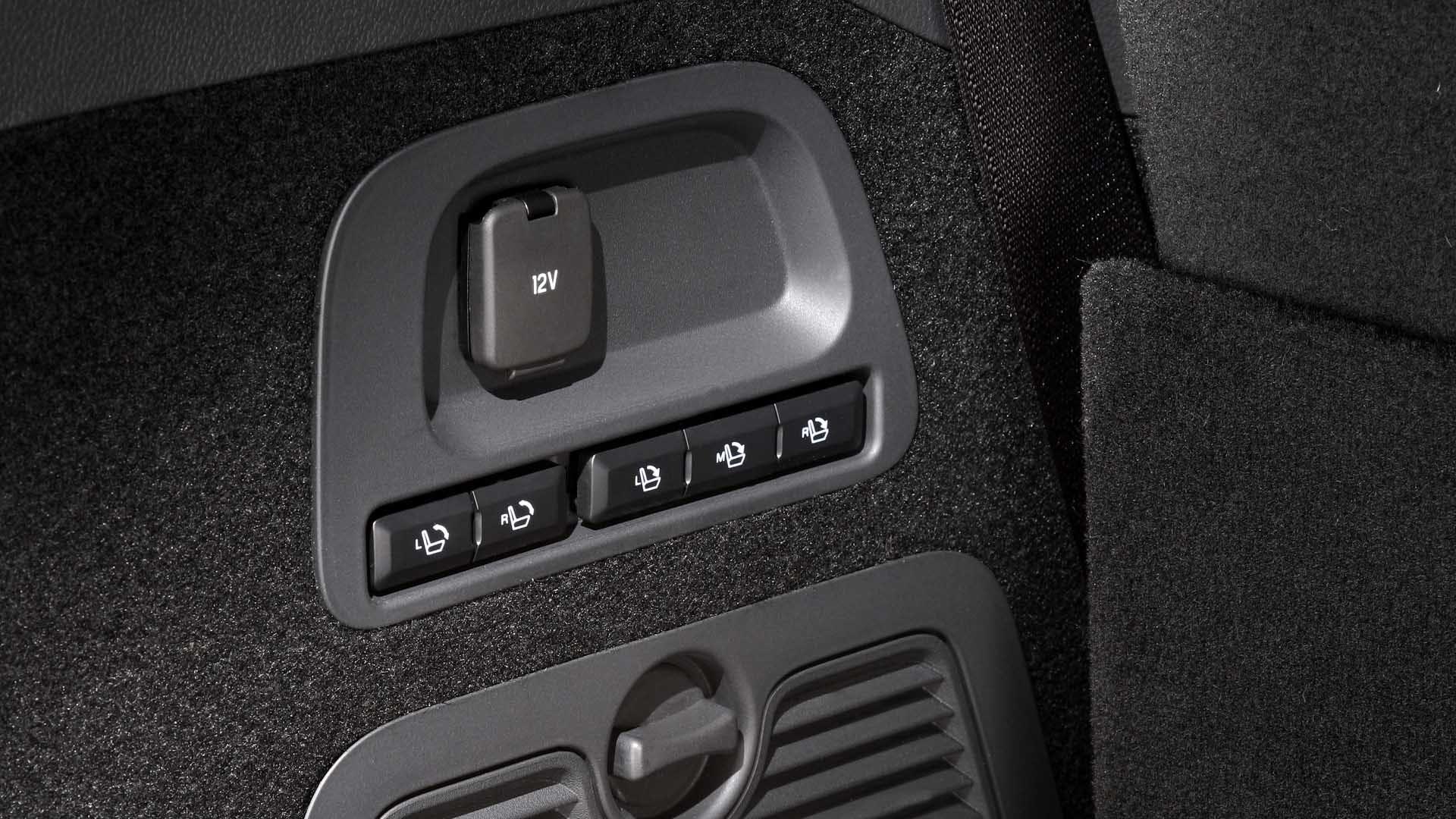 Ford Galaxy knapper i bagagerummet