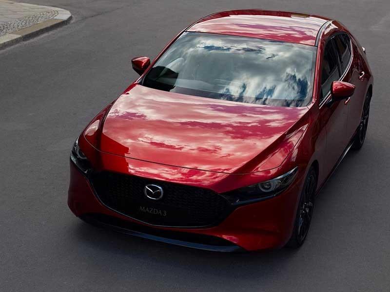 Mazda3 hatchback rød front