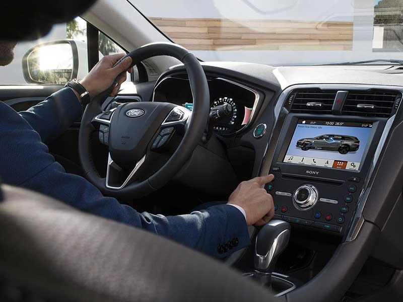 Ford Mondeo hybrid udstyr