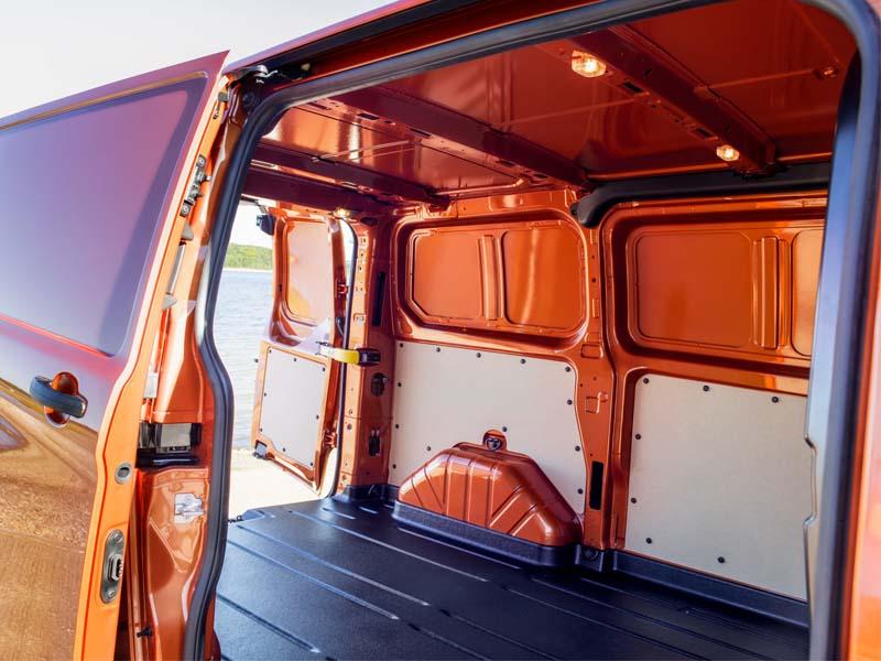 Ford Transit Custom varerum