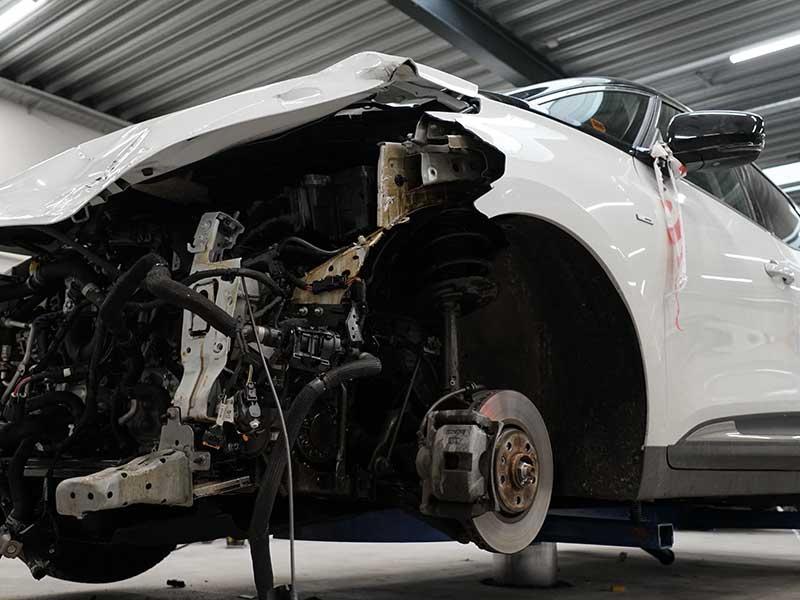 Tá billeder af skaden på din bil